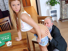 Old man pays a hot delivery girl with sperm